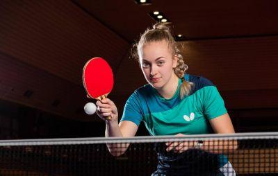 Rozhovor se stolní tenistkou Emou Labošovou.
